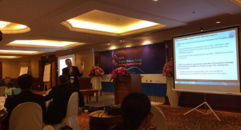 Pham Tuan Phan, MRC's new Chief Executive Officer delivers a presentation at the Greater Mekong Forum.