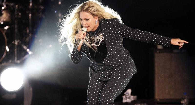 (FILE) A file picture dated 04 November 2016 of US recording artist Beyonce performing on stage at a campaign event for Democratic presidential candidate Hillary Clinton in Cleveland, Ohio, USA. / EPA