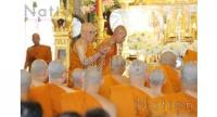 The new Supreme Patriarch gestures while inside the main hall at Wat Ratchabophit Sathitmahasimaram yesterday, where he gave a sermon to gathering Buddhists to mark the holy Makha Bucha Day.