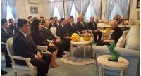 NACC commissioners listening to Prem's remark on corruption curbing as they visit him on Songkran Day