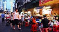 Yaowarat Road. / Photo via: http://www.thaiticketmajor.com