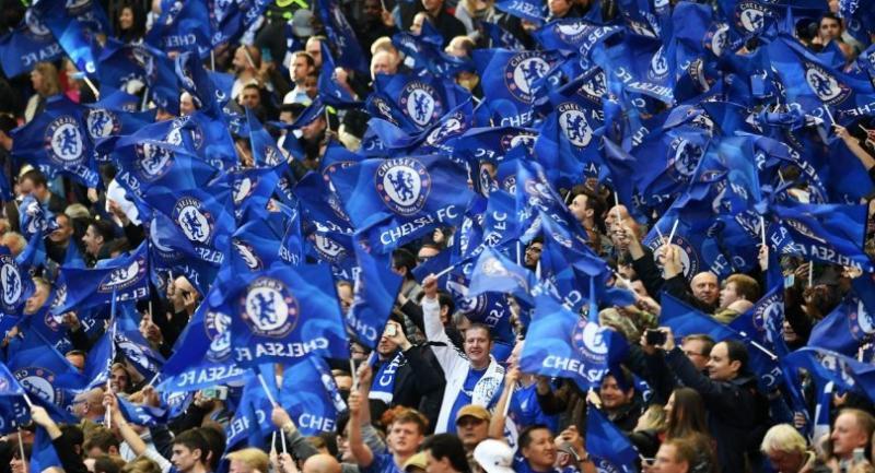 Chelsea's fans celebrate following their teams 4-2 win over Tottenham during the FA Cup semi final match Chelsea vs Tottenham at Wembley Stadium in London, Britain, 22 April 2017. EPA