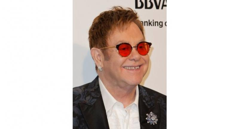 Elton John attends the 2017 Elton John AIDS Foundation Academy Awards Viewing Party in West Hollywood, California, on February 26, 2017. / AFP PHOTO / TIBRINA HOBSON