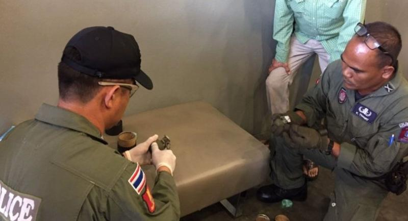 File photo : Bomb squad inspect suspicious boxes at Bangkhen Kerry Express.