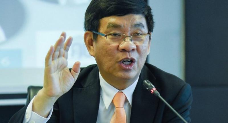 EC member Somchai Srisuthiyakorn