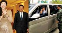 File photo: Pol Colonel Watanyu Wittayaphalothai provides security escort for Yingluck Shinawatra during her tenure as the prime minister. He is said to have been one of the 14 people who last saw Yingluck in Thailand last Wednesday.