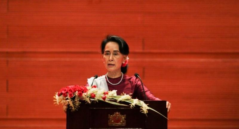 Myanmar's State Counsellor Aung San Suu Kyi delivers a national address in Naypyidaw on September 19, 2017./AFP