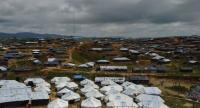 A general view shows tents Rohingya refugees and UN Refugee Agency tents at the Kutupalong refugee camp on September 24, 2017. / AFP PHOTO