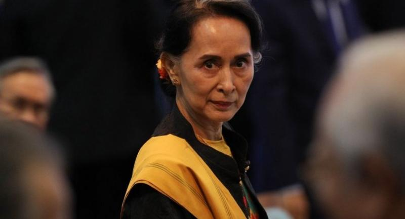 Myanmar's State Councellor and Foreign Minister Aung San Suu Kyi attends the opening session of the 31st Association of Southeast Asian Nations (ASEAN) Summit in Manila on November 13, 2017./AFP