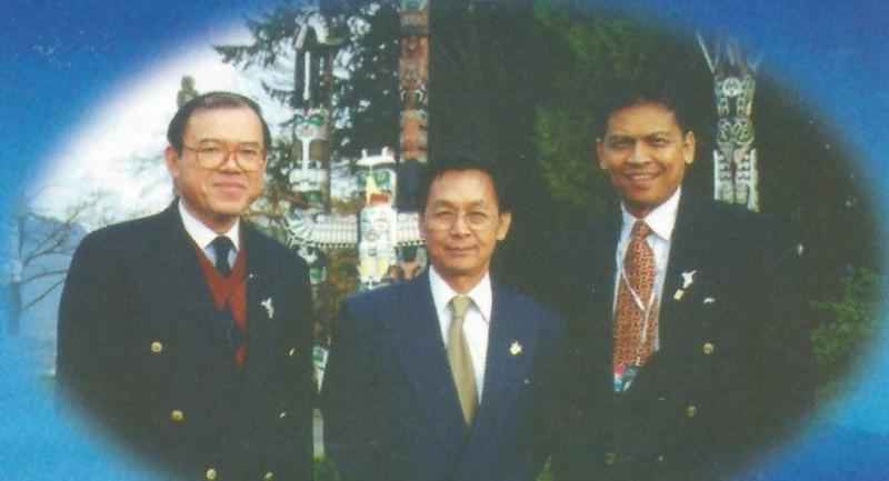 Surin Pitsuwan with Chuan Leekpai, centre, and the author, left.