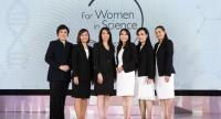 The winners of last year's Women in Science awards last year pose with Onanong Pratakphiriya (centre), the director of Corporate Communications and Public Affairs of L'Oreal (Thailand).