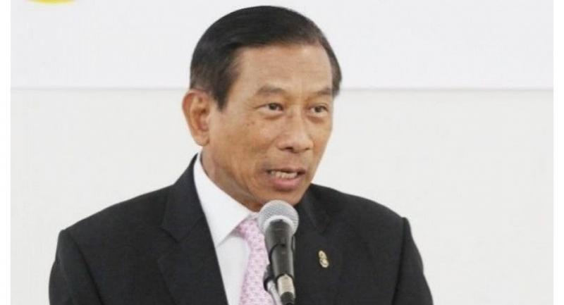 Gen Chatchai.