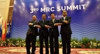 Leaders at 3rd summit of Mekong River Commission in Siem Reap from left Vietnam's MP Nguyen Xuan Phuc, Cambodia's PM Hun Sen, Laos PM Thongloun Sisoulith and Thai PM Prayut Chan-o-cha