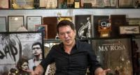 This file picture taken on October 17, 2016 shows Philippine director Brillante Mendoza gesturing as he answers questions during an interview in Manila./AFP