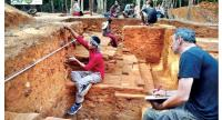 A team of archaeologists work to unearth a site believed to be the royal palace of King Jayavarman II, who made his capital atop Phnom Kulen. //Photo supplied
