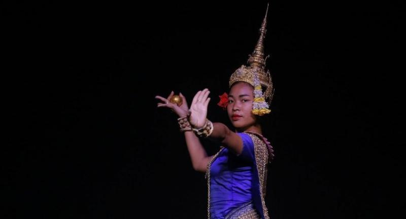 Lead image: Chamroeun Nivorleak dances the Moni Mekhala as part of a rehearsal for Earth and Sky, a new show from Cambodian Living Arts.//HENG CHIVOAN