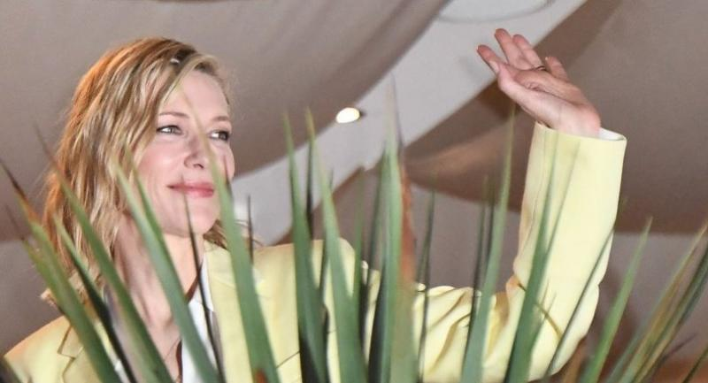 Australian actress and President of the Jury Cate Blanchett waves on May 7, 2018 from the balcony of the Grand Hyatt Cannes Hotel Martinez on the eve of the opening ceremony of the 71st edition of the Cannes Film Festival in Cannes./AFP