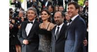 From left: Argentinean actor Ricardo Darin, Spanish actress Penelope Cruz, Iranian director Asghar Farhadi and Spanish actor Javier Bardem attend the screening of