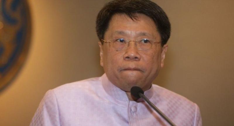 Education Minister Teerakiat Jareonsettasin