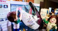 A whale created from plastic waste with many plastic bags inside its stomach is shown at the World Oceans Day exhibition at Siam Paragon yesterday, highlighting the threat to rare marine animals from plastic waste in the seas.