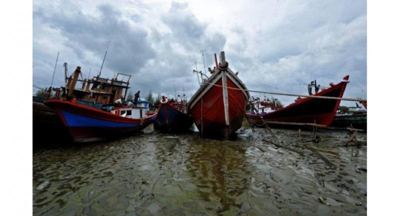 File photo: Indonesia relies heavily on boats to ferry people around its 17,000 islands, but has a patchy safety record. // AFP PHOTO