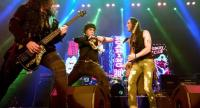 Extreme impressed Thai fans with a concert as a part of the American rock band's Asia Tour.