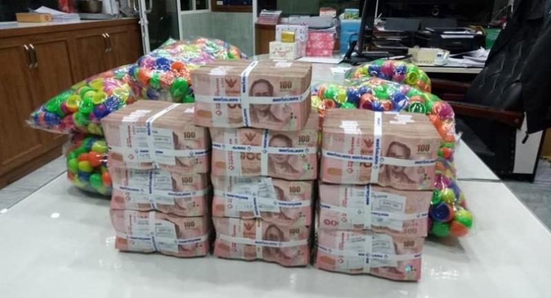 Photos from Somchai's Facebook post.