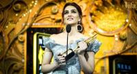 Bollywood Diva Kriti Sanon wins at Myntra Style Icon Award at IIFA