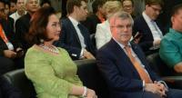 IOC member Khun Ying Patama Leeswadtrakul and IOC president Bach