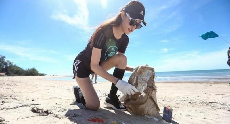 Alta exposición Guante Precipicio  Adidas launches plastic campaign