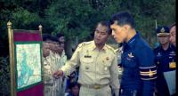 In 2000, His Majesty King Maha Vajiralongkorn Bodindradebayavarangkun visited his subjects and the royal-sponsored project at Nhong Ung, Yasothon, where he received a briefing from local officials.