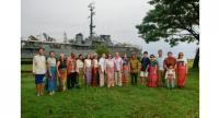 The diplomats put on Thai costumes at Sala Chalermprakiat.
