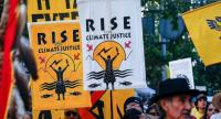 "Crowds gather for the ""Rise for Climate"" march in downtown San Francisco, California on Saturday (yesterday Thailand time) . ""Rise for Climate"" is a global day of action that demands real climate solutions from local leaders.///AFP"