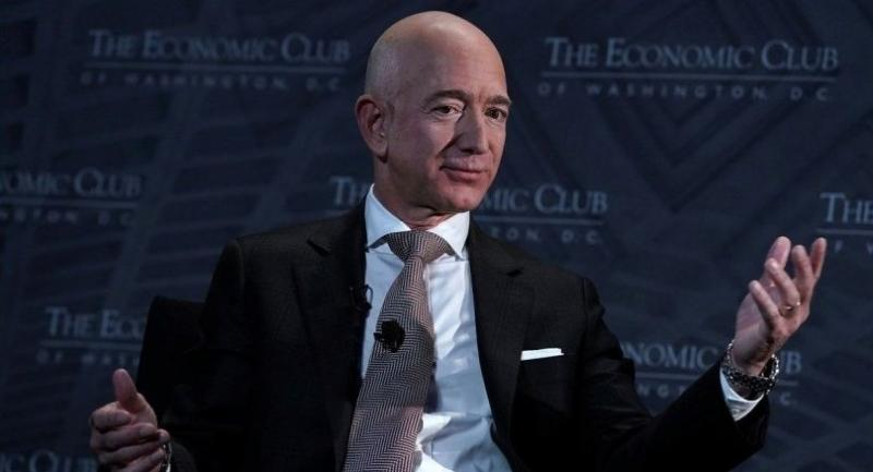 CEO and founder of Amazon Jeff Bezos participates in a discussion during a Milestone Celebration dinner September 13, 2018 in Washington, DC. (Photo: Alex Wong/Getty Images/AFP)