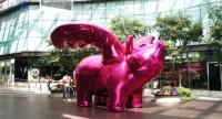 """""""Happy Happy Project: Love Me Pig I"""" made from synthetic textile by Choi Jeong Hwa will be displayed at Siam Center from Thursday to October 26. /courtesy of Bangkok Art Biennale"""