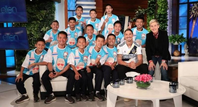 A picture shows TV show host Ellen DeGeneres with all 13 members of the Mu Pa team, as well as Swedish football star Zlatan Ibrahimovic, at the show's California studio. PHOTO: @ELLEN DEGENERES Facebook