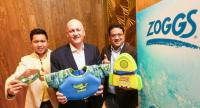 Robert Davies, centre, general manager of ZOGGS Asia Pacific, with Itthi Nana, right, chief executive officer of Sport Spot Integration, and Nohn Suvachananonda, chief operating officer, show off some of the company's products.