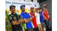 L-R: Syahrin, Iannone, Dovizioso, Marquez, Viñales and Lorenzo.