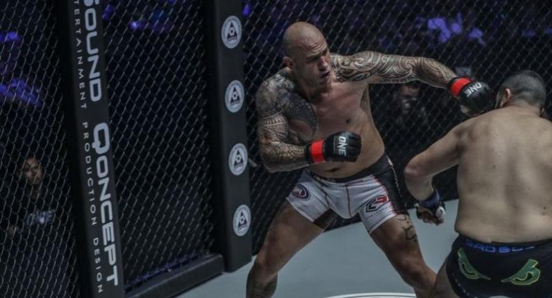 Brandon Vera defeats Mauro Cerilli by Knockout (KO)
