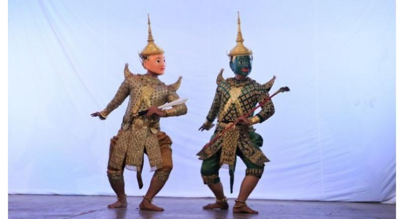 One performance of the Lakhon Khol.Pha Lina