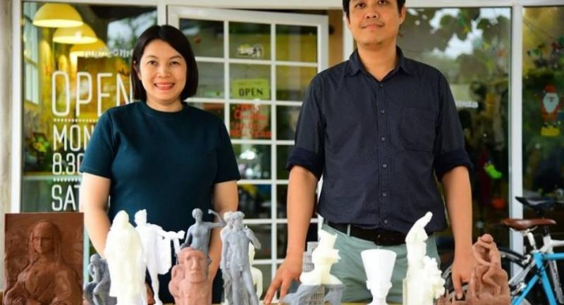 Nitiwadee Tongpong, left, and Sanchai Santiwes of the research team show models of famous artworks created to give blind students a chance to enjoy them through the sense of touch.