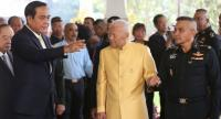 Prime Minister General Prayut Chan-o-cha leads Cabinet members and military commanders to offer New Year wishes to Privy Council President Prem Tinsulanonda at the latter's Sisao Thewet residence on Thursday.