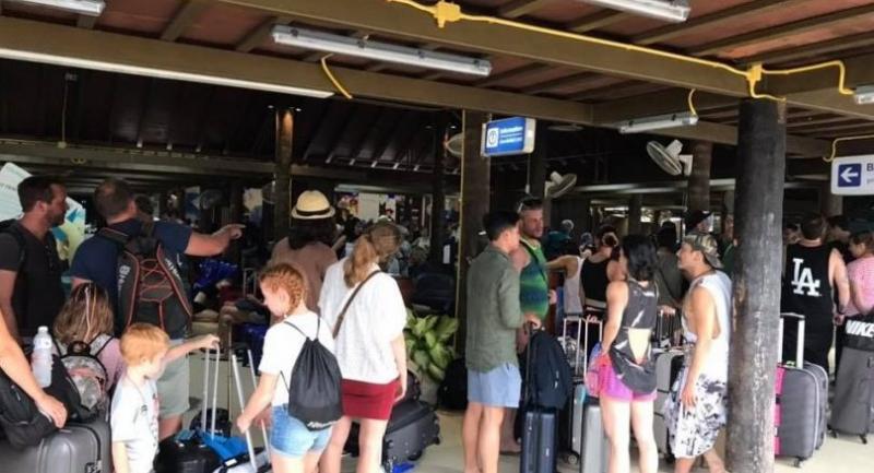 Samui Airport // Photo from: Chutiwat Yothanant's facebook