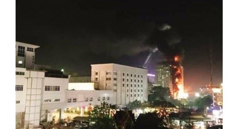 Poipet Casino In Flames Gamblers Evacuated Through Thick Smoke