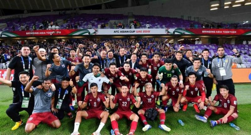 Thai team after their  game with UAE.