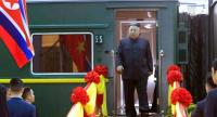 North Korean leader Kim Jong-un steps off the train, at Dong Dang Railway Station, to start his visit to Vietnam ahead of the US-North Korea summit in Hanoi on February 26.//EPA-EFE