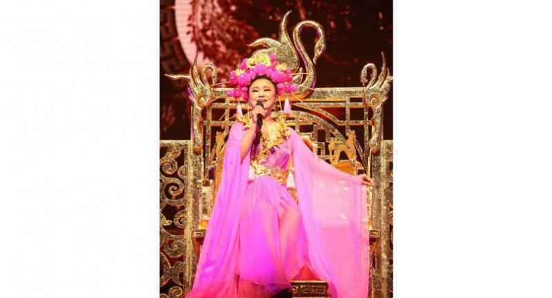 """Jennifer Kim dresses up as a Chinese Empress for the opening of her """"Diva Chinatown"""" concert."""