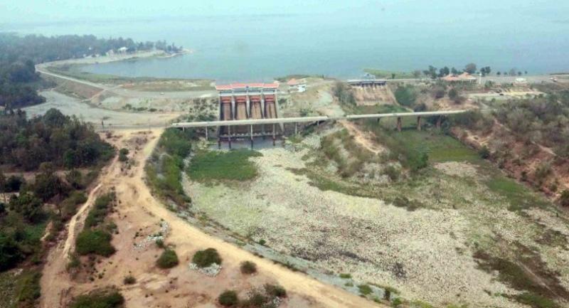 Lam Paw Dam in Kalasin
