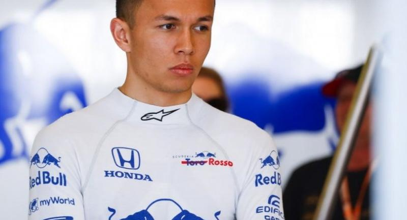 Alex Albon of Thailand steers his Toro Rosso car to 14th at the season-opening Australian Grand Prix yesterday.