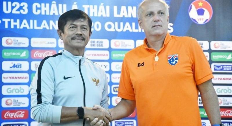 Indonesian coach Indra Sjafri and Alexandre Gama